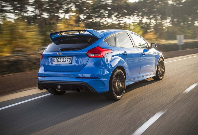 essai ford focus rs 2016 moniteur automobile. Black Bedroom Furniture Sets. Home Design Ideas