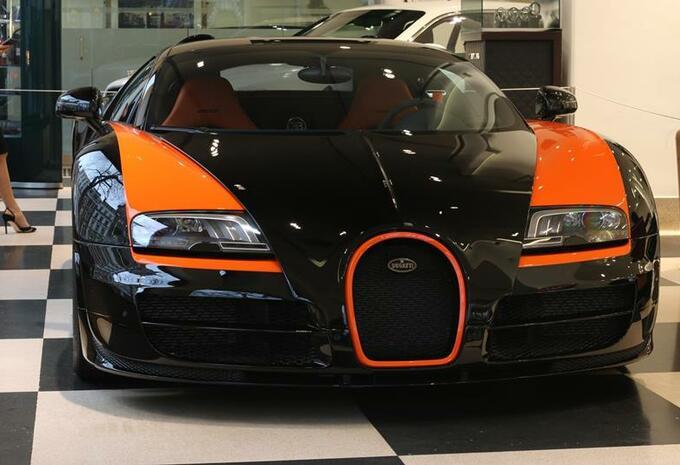 vendre une bugatti veyron grand sport vitesse world record car moniteur automobile. Black Bedroom Furniture Sets. Home Design Ideas
