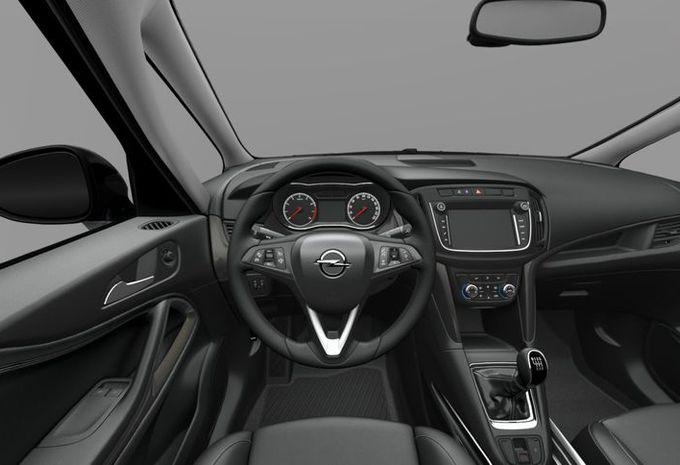 Nieuw opel zafira tourer facelift gelekt op een for Interieur zafira