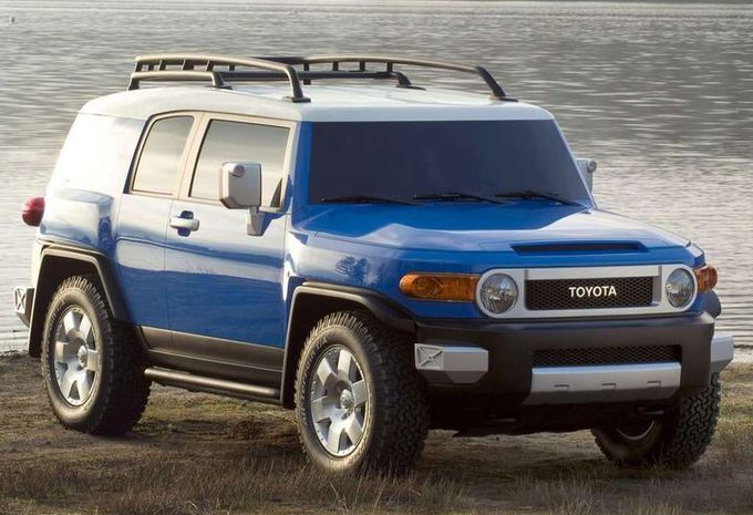 toyota ft x4 nouveau fj cruiser moniteur automobile. Black Bedroom Furniture Sets. Home Design Ideas
