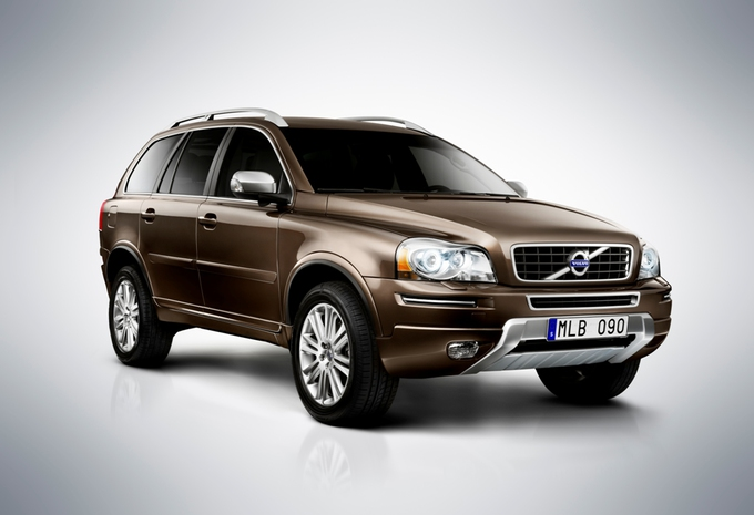 nouveau mod le volvo xc90 moniteur automobile. Black Bedroom Furniture Sets. Home Design Ideas