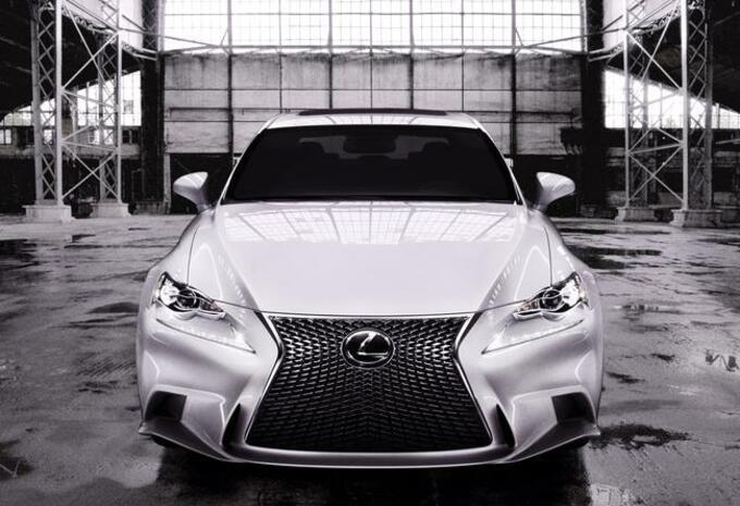 Lexus IS #1