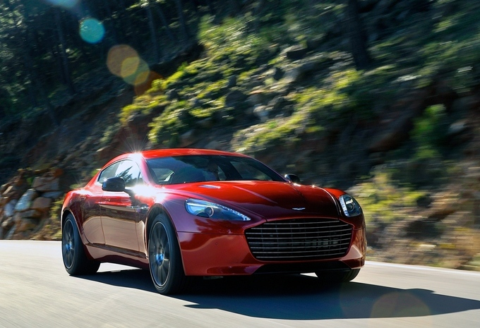 Aston Martin Rapide S #1