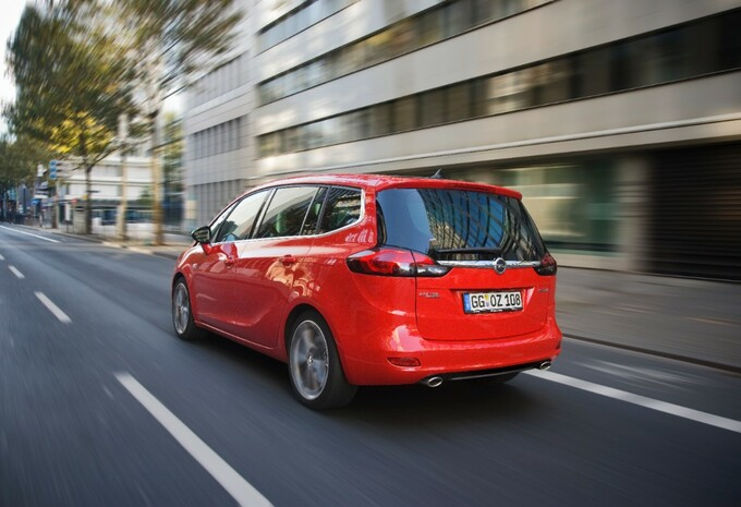 Opel Zafira Tourer Biturbo #2