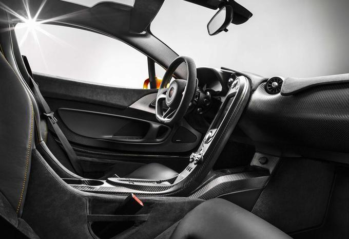 Cockpit van de McLaren P1 #2