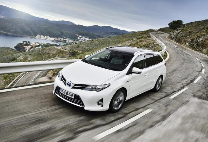 Toyota Auris Touring Sports #1