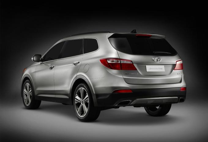 Hyundai Grand Santa Fe #2