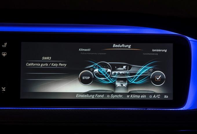L'intérieur de la Mercedes Classe S #6