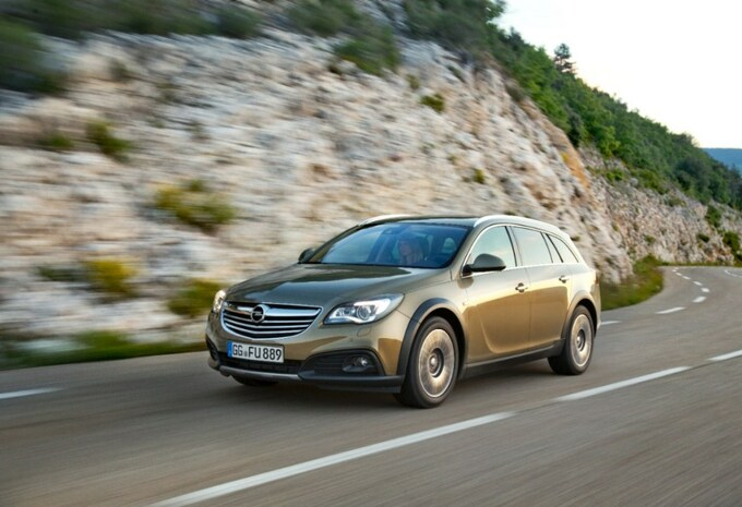 Opel Insignia Country Tourer #2