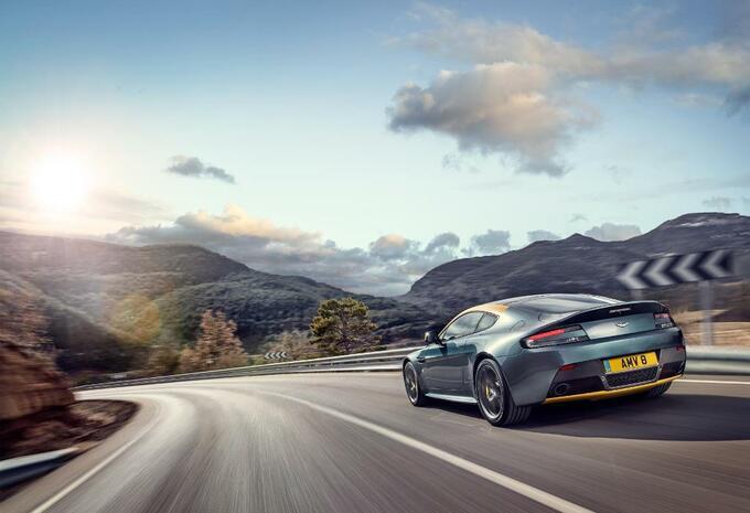 Aston Martin V8 Vantage N430 #11