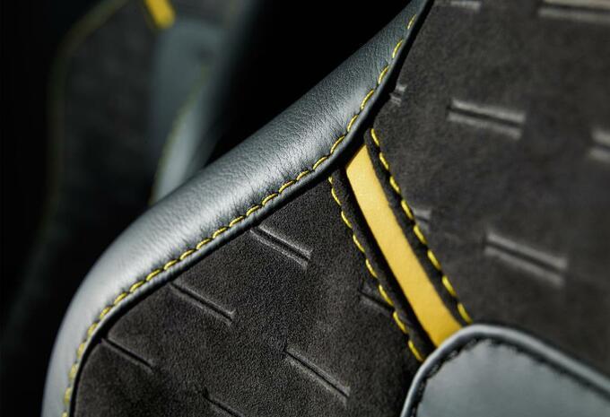 Aston Martin V8 Vantage N430 #6
