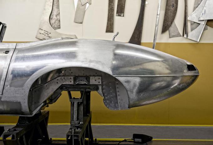 Jaguar hervat bouw E-Type Lightweight #3
