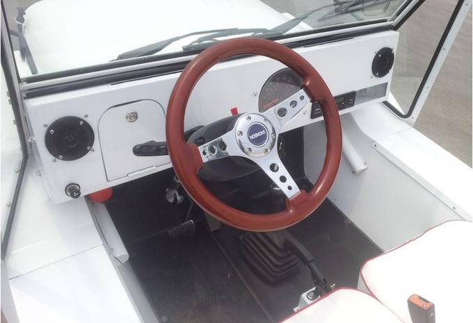 nouveau mod le noun nosmoke la mini moke lectrique moniteur automobile. Black Bedroom Furniture Sets. Home Design Ideas
