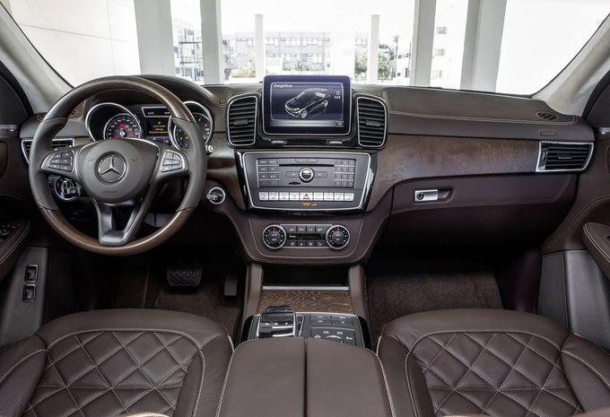 nouveau mod le mercedes gle facelift ml en mode hybride moniteur automobile. Black Bedroom Furniture Sets. Home Design Ideas