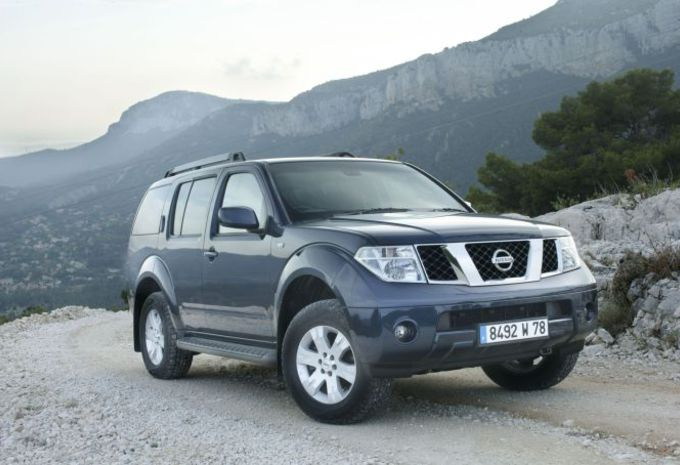 essai nissan pathfinder 2 5 dci moniteur automobile. Black Bedroom Furniture Sets. Home Design Ideas