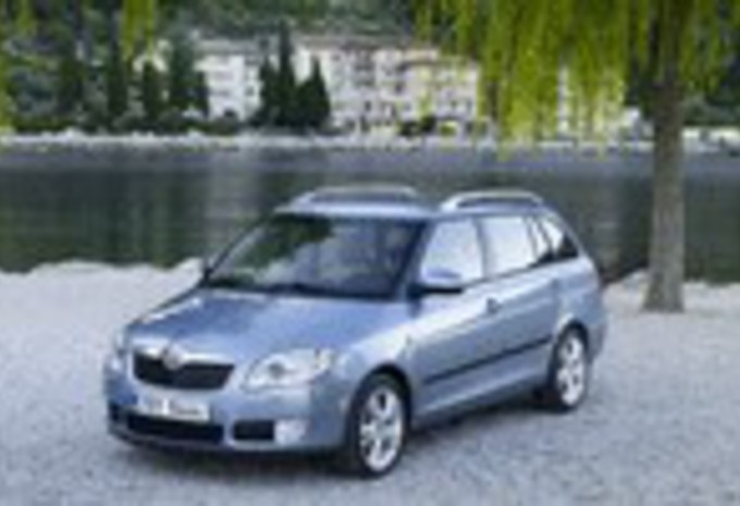 essai skoda fabia combi moniteur automobile. Black Bedroom Furniture Sets. Home Design Ideas