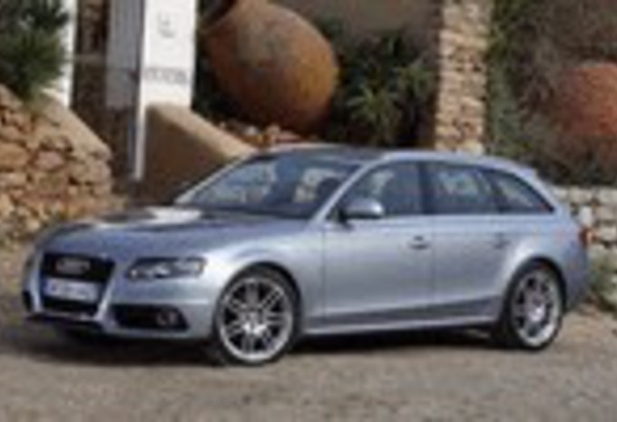review essai audi s4 avant moniteur automobile. Black Bedroom Furniture Sets. Home Design Ideas