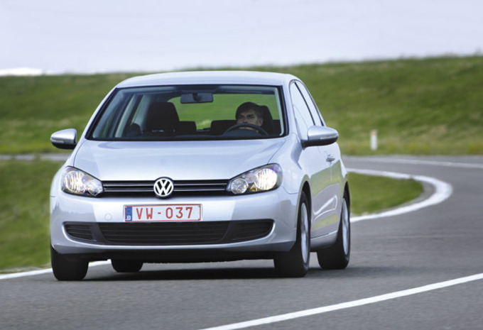 test volkswagen golf 1 6 tdi 105 bluemotion technology autogids. Black Bedroom Furniture Sets. Home Design Ideas