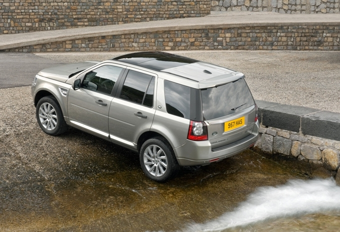 land rover freelander 2 facelift moniteur automobile. Black Bedroom Furniture Sets. Home Design Ideas