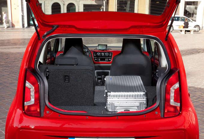 volkswagen up 5 portes a cng moniteur automobile. Black Bedroom Furniture Sets. Home Design Ideas