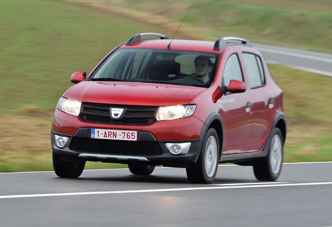 test dacia sandero stepway 1 5 dci autogids. Black Bedroom Furniture Sets. Home Design Ideas