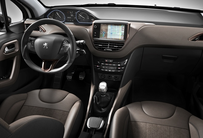 Images peugeot 2008 moniteur automobile