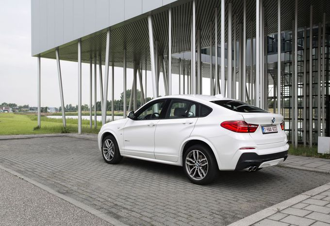 essai bmw x4 xdrive 35i moniteur automobile. Black Bedroom Furniture Sets. Home Design Ideas