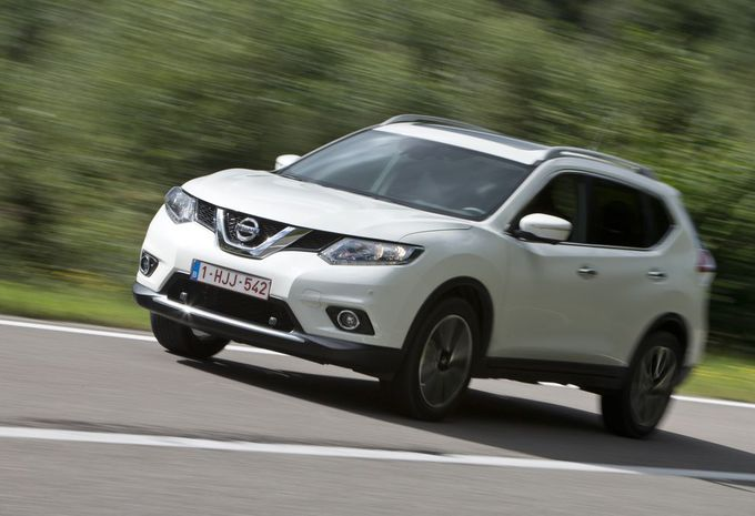 essai nissan x trail 1 6 dci 2wd cvt xtronic moniteur automobile. Black Bedroom Furniture Sets. Home Design Ideas