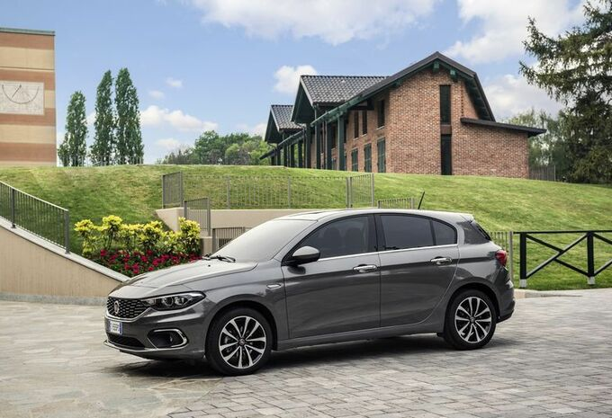 fiat tipo sw et 5 portes retour aux sources moniteur automobile. Black Bedroom Furniture Sets. Home Design Ideas
