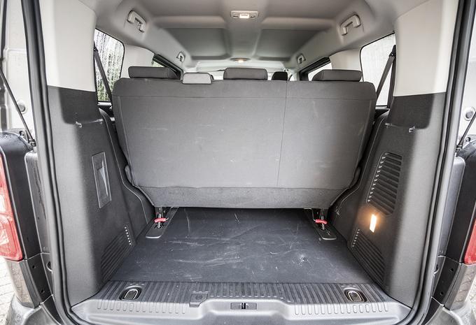 citro n spacetourer 1 6 bluehdi 115 2017 moniteur automobile. Black Bedroom Furniture Sets. Home Design Ideas