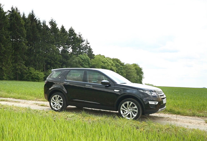 test land rover discovery sport td4 hse autogids. Black Bedroom Furniture Sets. Home Design Ideas