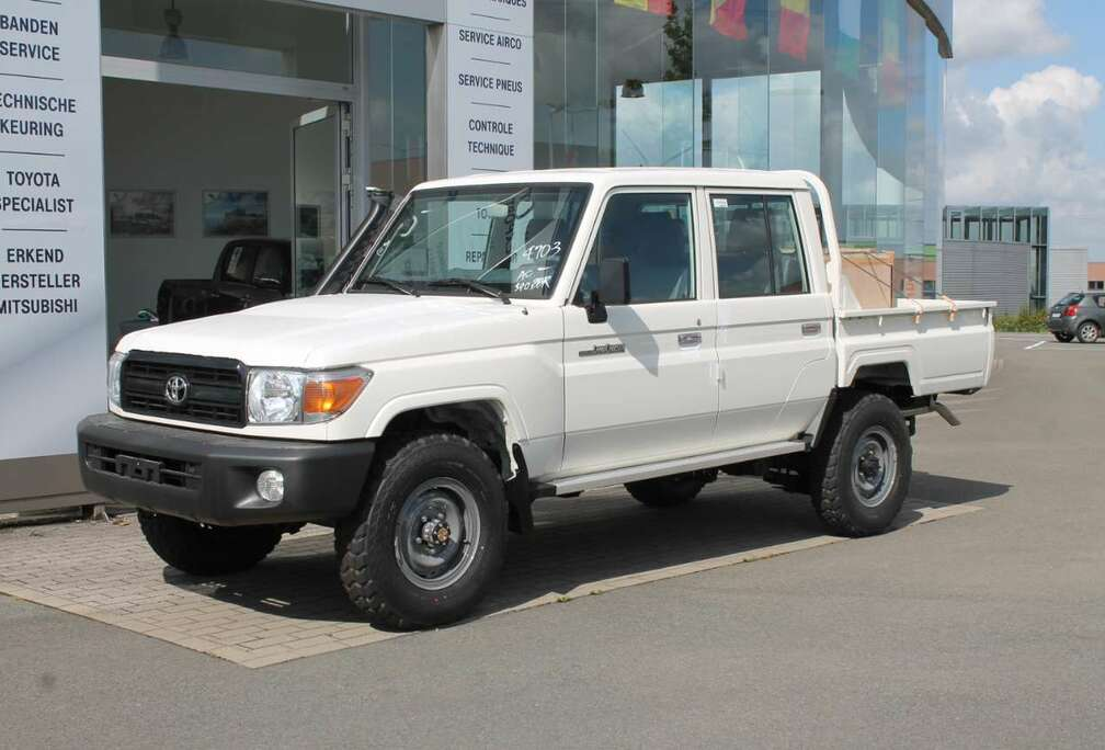 Toyota HZJ 79 DC 4.2L DSL * EXPORT OUT OF EUROPE