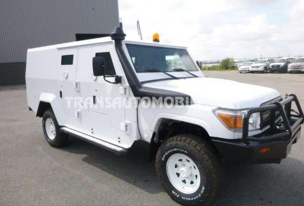 Toyota CASH IN TRANSIT  - EXPORT OUT EU TROPICAL VERSION