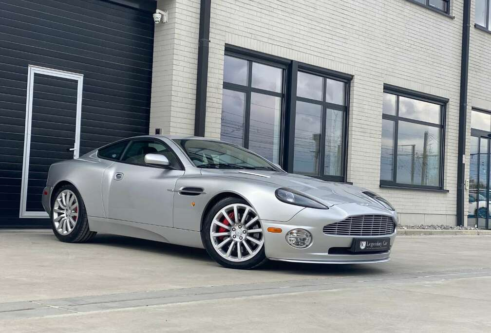 Aston Martin 5.9i V12 48v