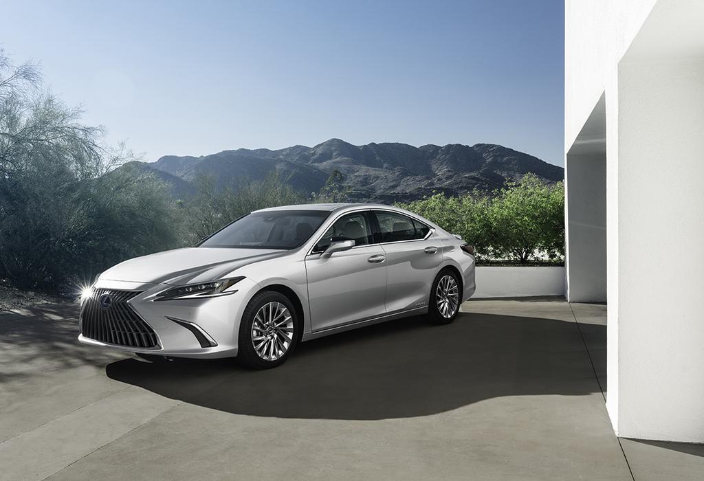 Lexus ES : lifting dans le détail