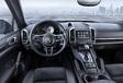 Als het nog wat meer mag zijn, de Porsche Cayenne Platinum Edition #3