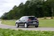 Ford Kuga PHEV vs Opel GrandLand X Hybrid4 #30