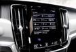 Volkswagen Arteon 2.0 TDI face à deux rivales #20