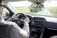 Range Rover Velar contre 3 rivaux #15