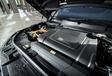 Porsche Cayenne E-Hybrid vs Range Rover Sport P400e #14
