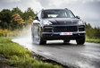 Porsche Cayenne E-Hybrid vs Range Rover Sport P400e #18