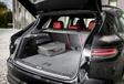 Porsche Cayenne E-Hybrid vs Range Rover Sport P400e #27