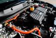 Honda CR-V Hybrid 4WD vs Toyota RAV4 Hybride #15
