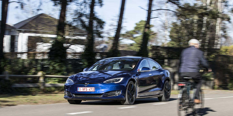Industrie et économie Tesla mise gros sur la crypto-monnaie - Le Moniteur Automobile