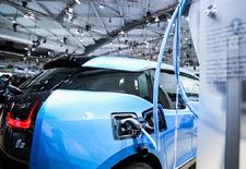 AutoWereld trok naar het Autosalon van Brussel 2017 en bracht mee: dit videoverslag over de elektrische voertuigen die momenteel te bezichtigen zijn op de Heizel.
