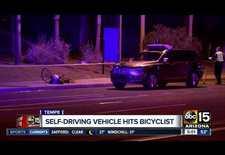 Na een dodelijk ongeval met een 49-jarige voetgangster in de Verenigde Staten heeft Uber besloten de testritten met autonoom rijdende wagens te staken.