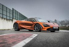 Opvallende 720S neemt de fakkel over van de 650S binnen het Super Series-gamma van McLaren. De supersportwagen zet nog maar eens nieuwe bakens op het vlak van prestaties, maar ook van gebruiksgemak. Porsche en Ferrari mogen zich schrap zetten.