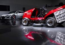 Honda bouwt een tweede generatie van de Mean Mower, een grasmachine die aangedreven wordt door het motorblok van een Fireblade. Minstens 215 km/u is het doel.