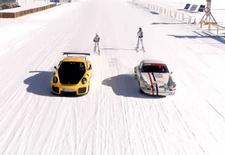 Of je nu naar Frank Deboosere of Jill Peeters luistert, allebei hebben ze het over de steeds grotere kans op sneeuw dit weekend. Porsche weet wat doen bij dat soort winterse omstandigheden.