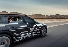 Via de start-up Holoride toont Audi in-car technologie die vr-beelden synchroniseert met de beweging van de E-Tron. Het gaat om een interactief prototype van Marvel's Avengers: Rocket Rescue Run.